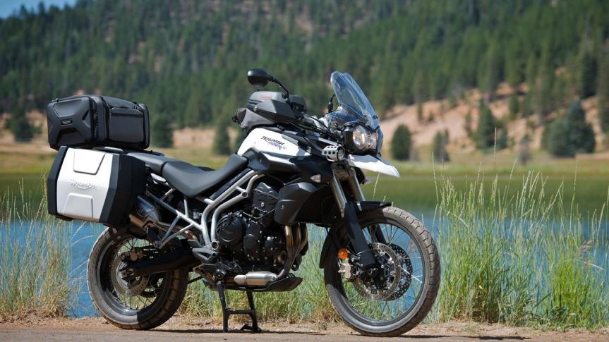 triumph-tiger-800-xc-2011-moto-motorcycleusa_com - omrizkiblog