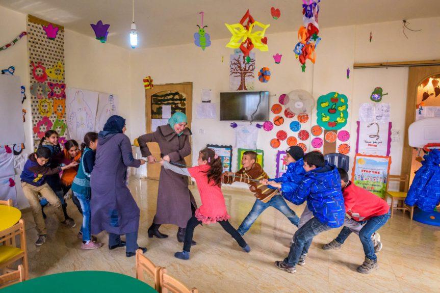 syrian children refugee-19-D220-0249-211-1280x854 - photo by Jon Warren