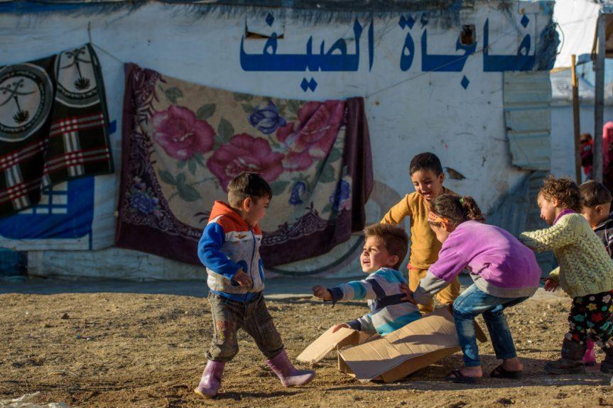 syrian children refugee- 6-D220-0234-186-1280x854 - photo by Jon Warren